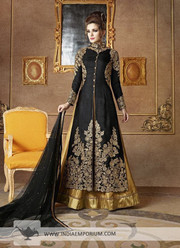 Wedding Lehenga Cholis Online Shopping is the way to go!